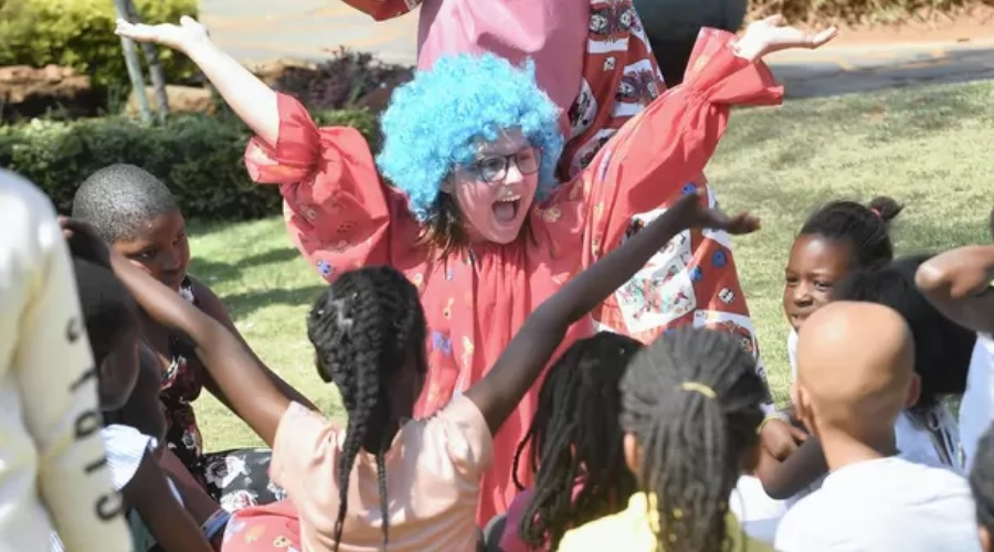 News Article: Feast of the Clowns at Burgers Park festival